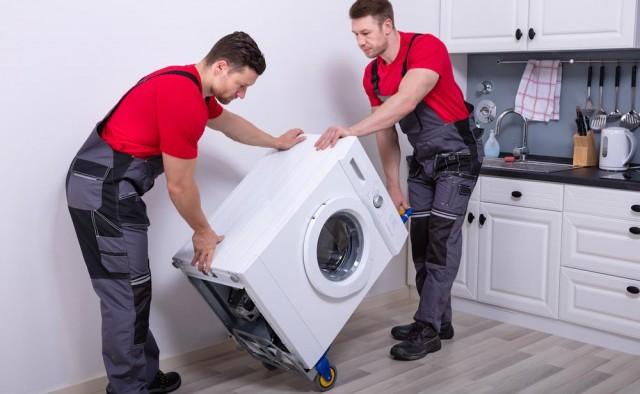 Jak bezpiecznie przewozić pralkę?